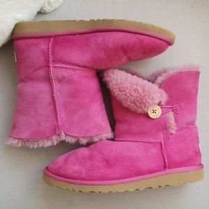 Girls UGG boots size 6 womens 8